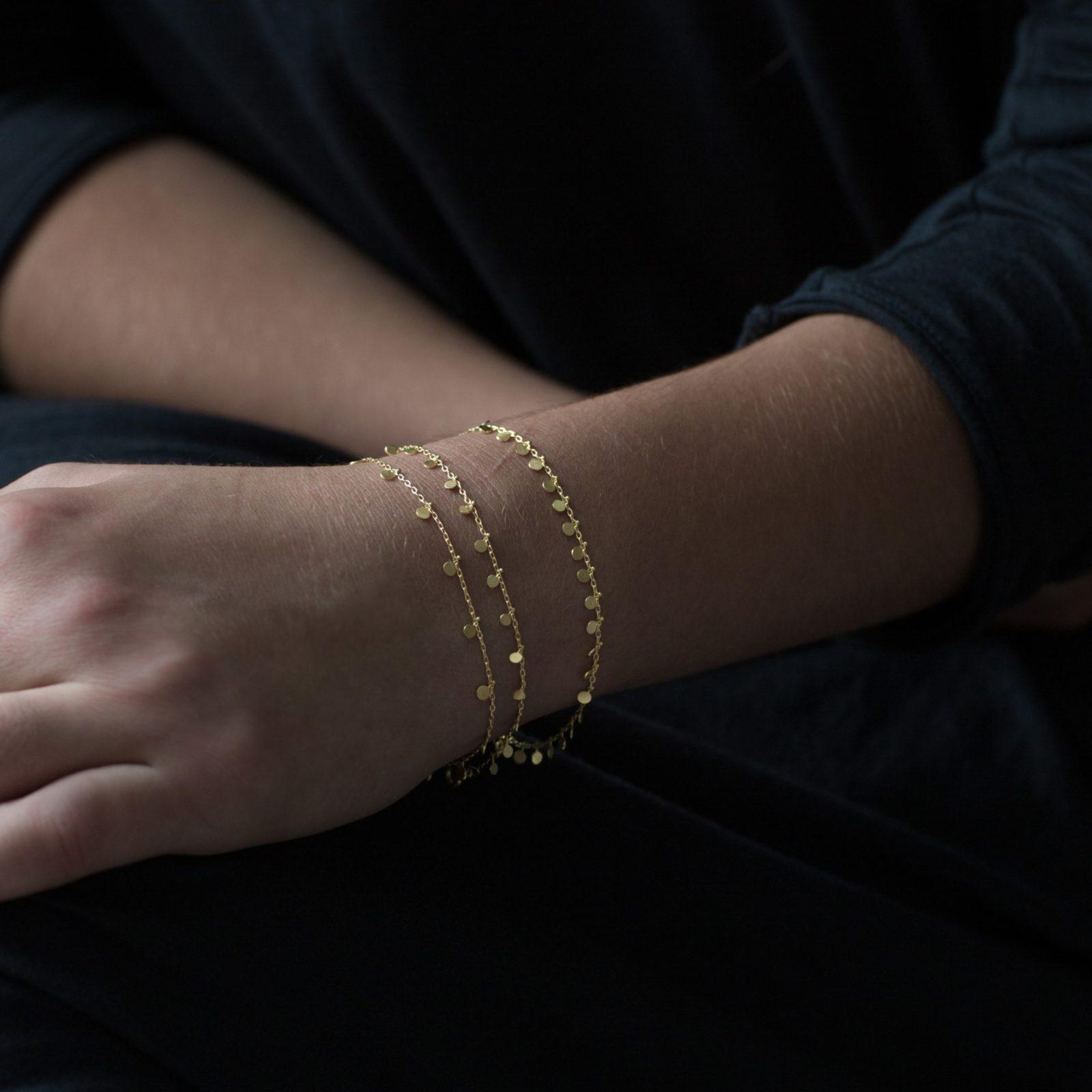 Sia Taylor DB1 Y Yellow Gold Even Dot Bracelet M