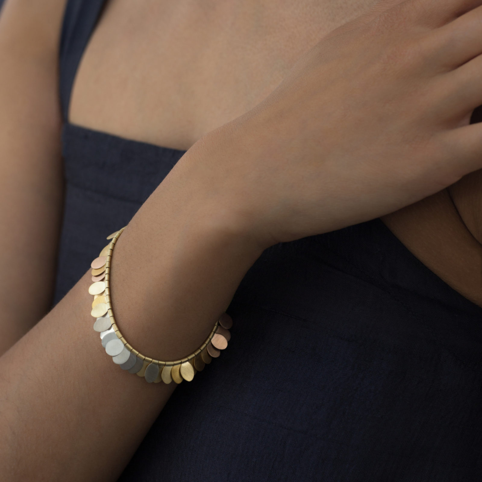 Sia Taylor FB1 YRAIN Rainbow Gold Bracelet Back M