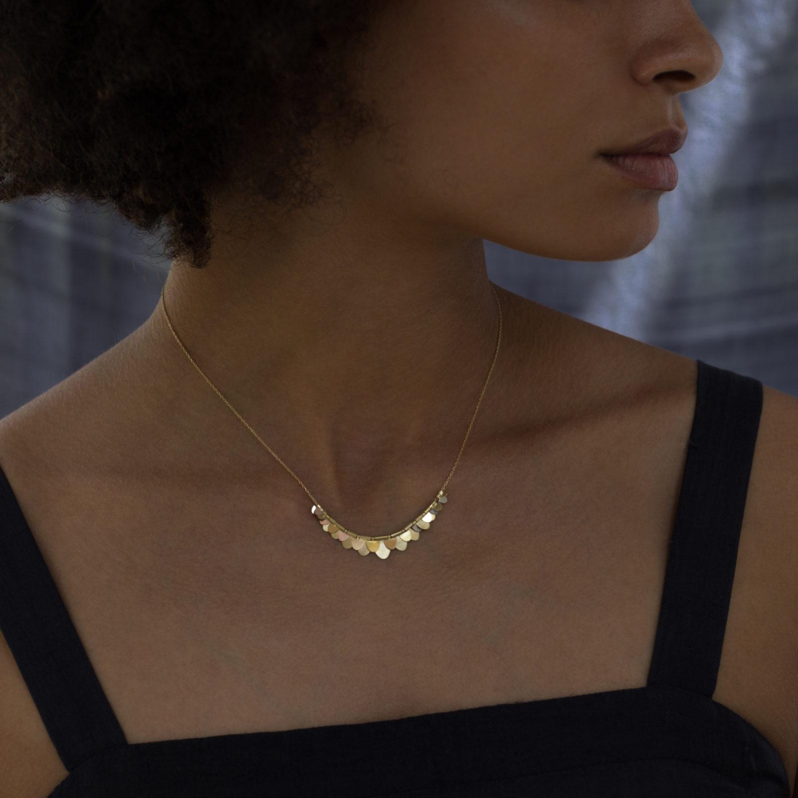 Sia Taylor FN5 RAIN Rainbow Gold Necklace M