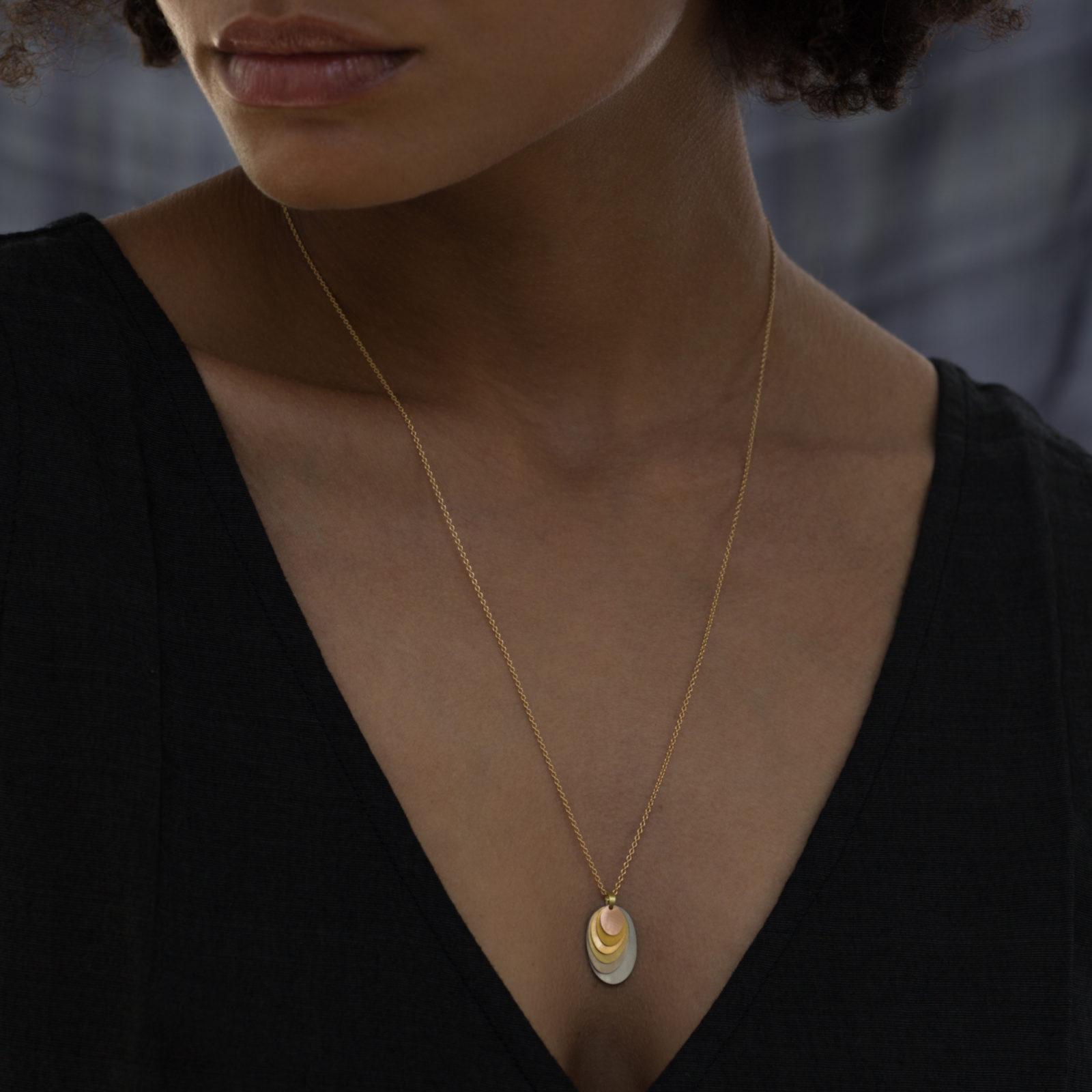 Sia Taylor FN7 RAIN Rainbow Gold Necklace M