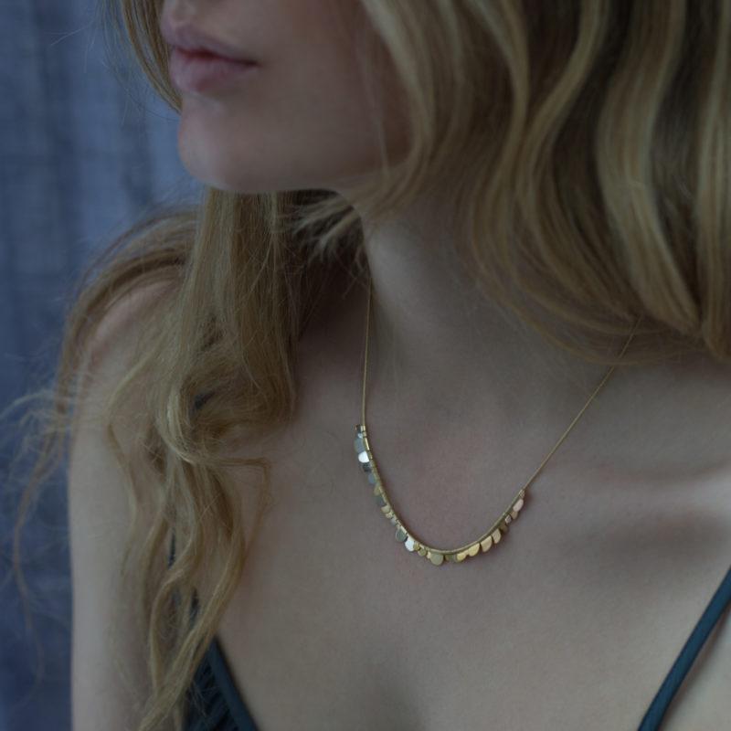 Sia Taylor KN3 YRAIN N Rainbow Gold Flora Necklace M